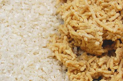 米麹(with 塩)と熱々の豆