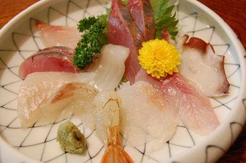 地魚の盛り合わせ(小盛)