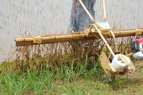 竹ボウキ除草機