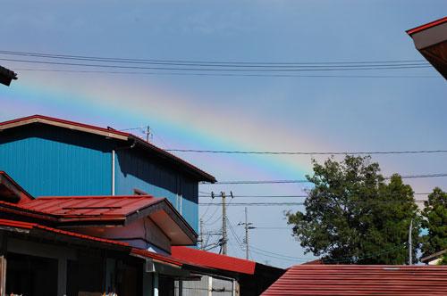 青空 虹 雨上がり 空