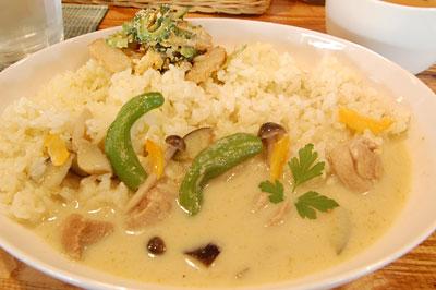 タイ風のクリームチキンカレー
